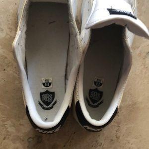 Nike Shoes - Nike BRS